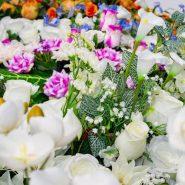 Fleurs artificielles cimetière